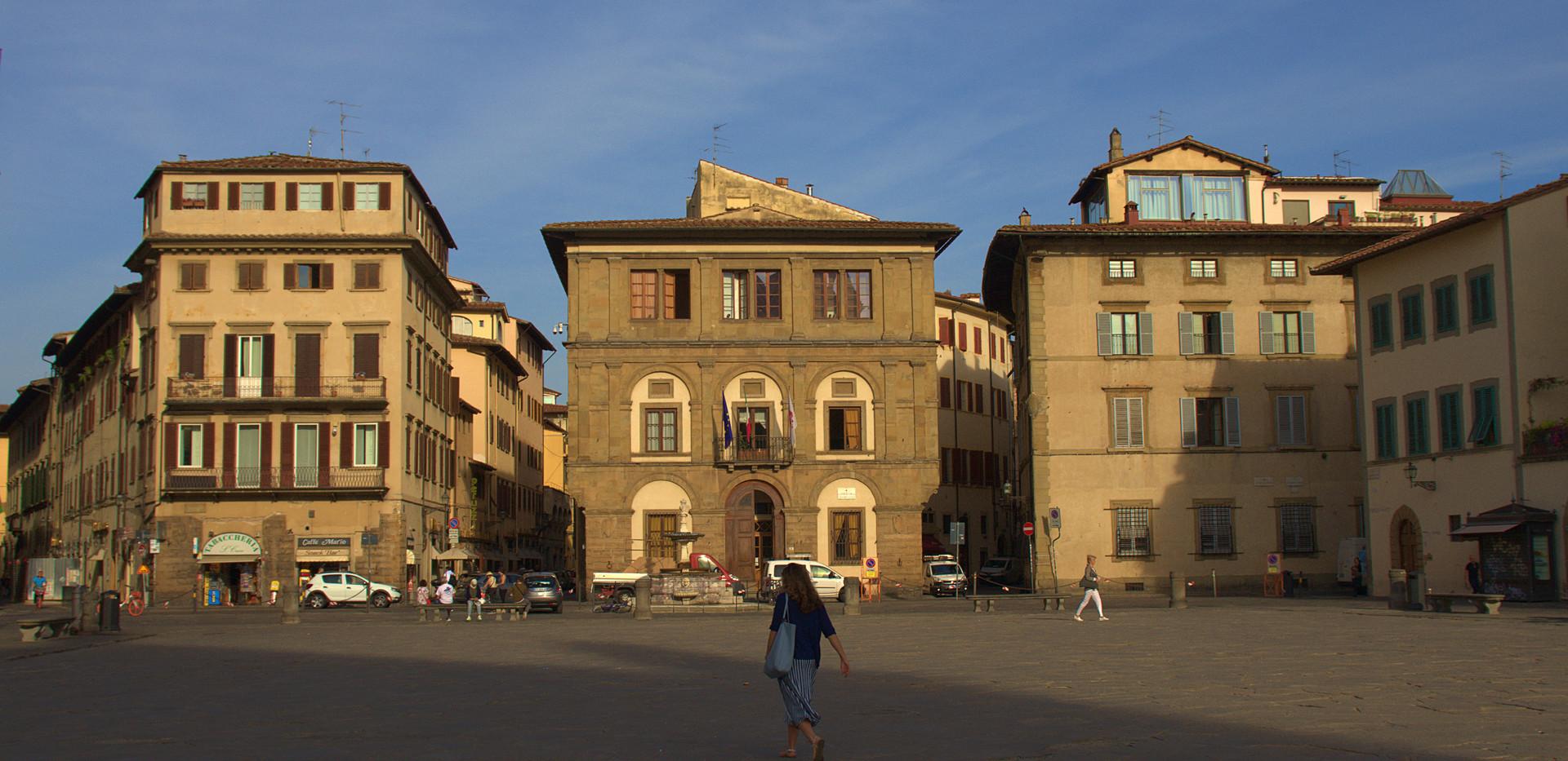 piazzasantacroce.jpg