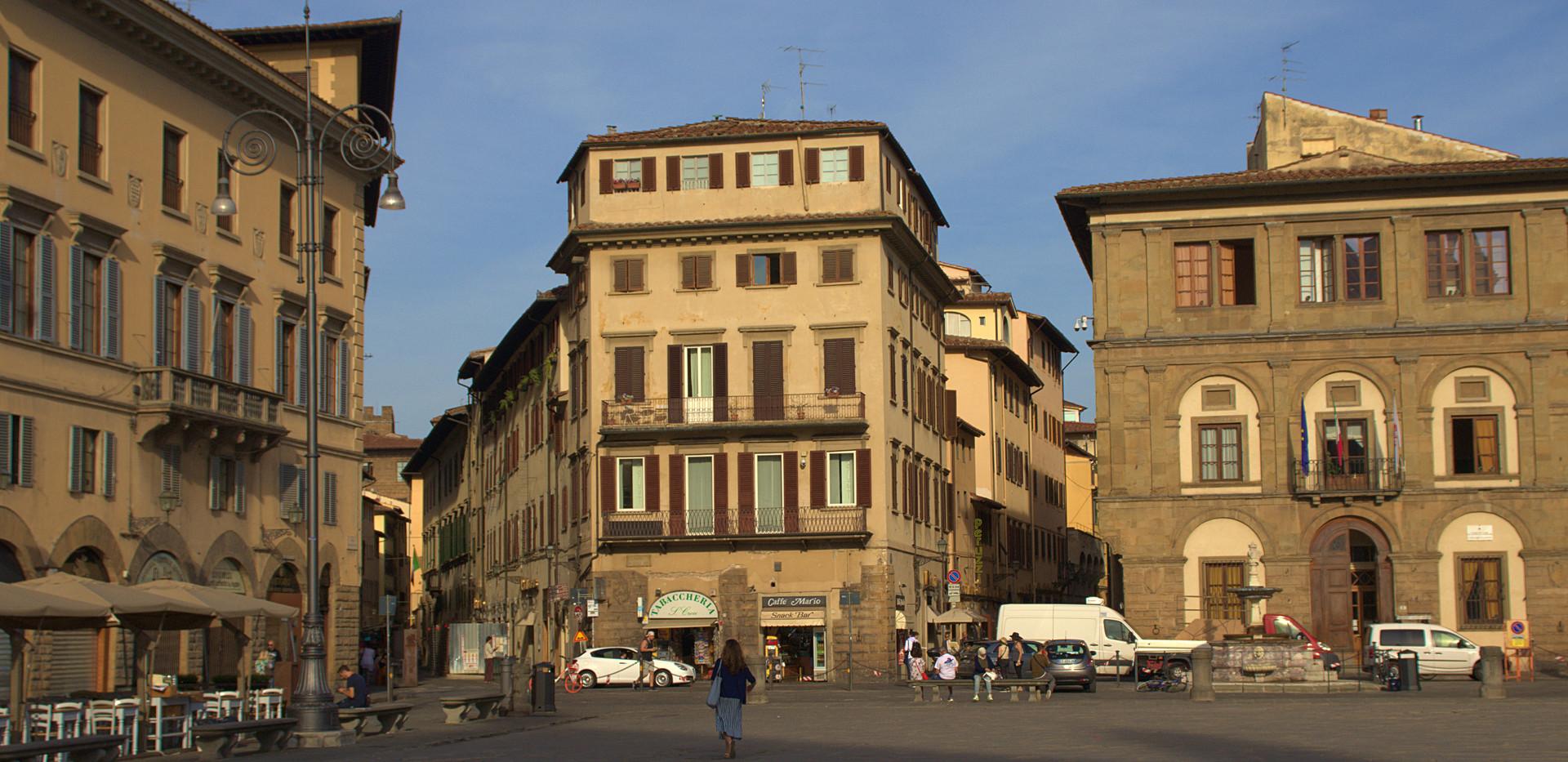 piazzasantacroce2.jpg