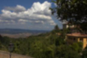 tuscanhills2.jpg