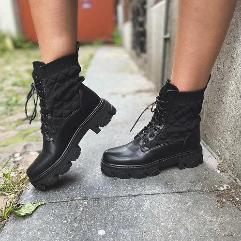 "Boots "" Manon"""