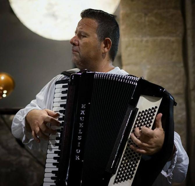 VOCI DI LUNA PIENA performance d'arte e musica