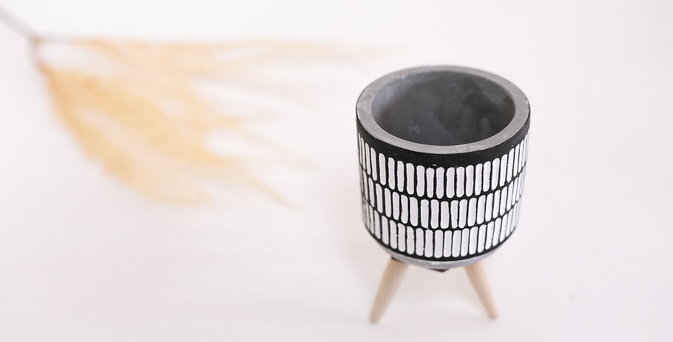 Vaso cimento Line black white pé madeira