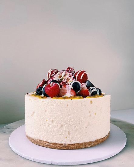 White chocolate mousse cheesecake