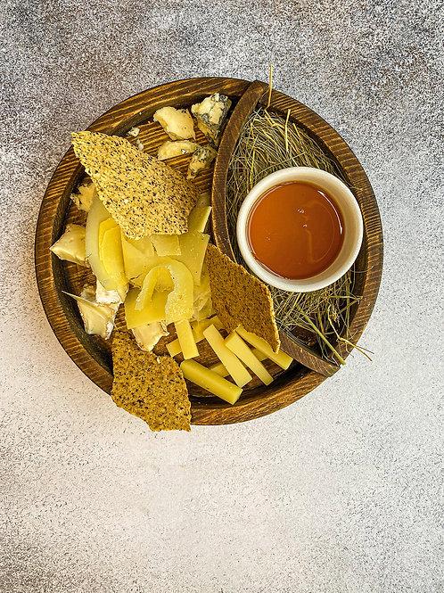 Сырная тарелка (ассорти)