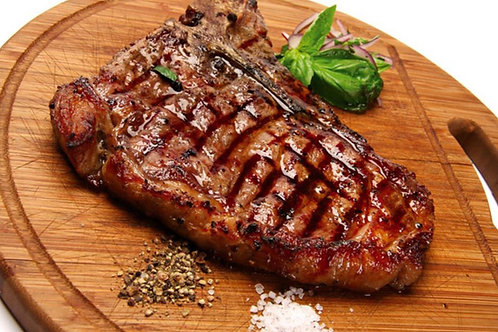 Сочный стейк из свиной шеи на гриле