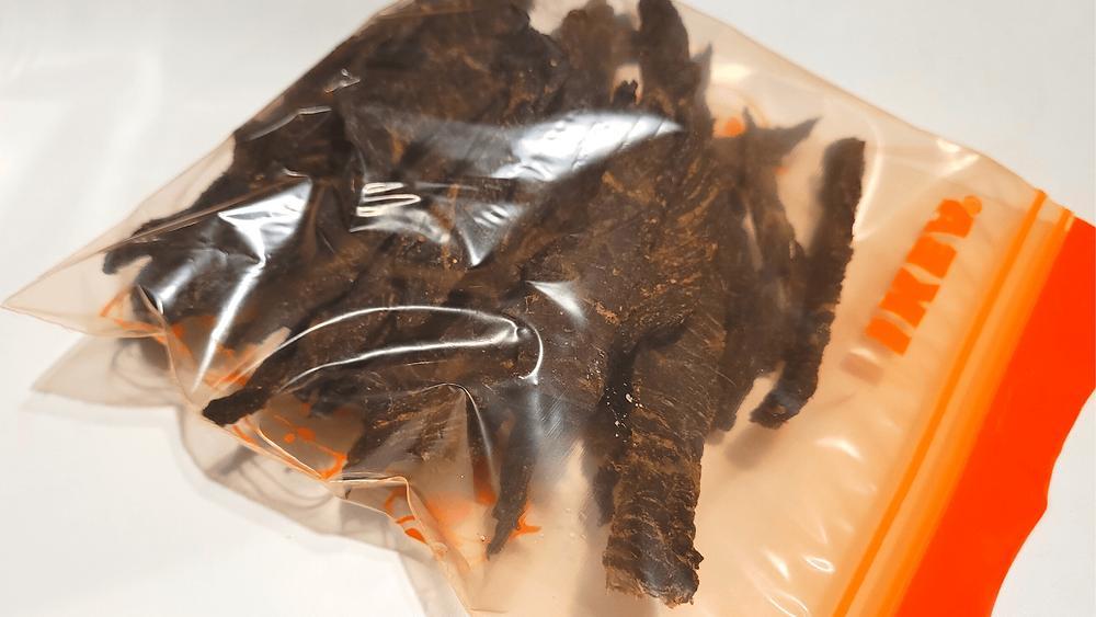 เก็บเนื้อแห้งในถุงซิปล็อคได้นาน 2-3 สัปดาห์