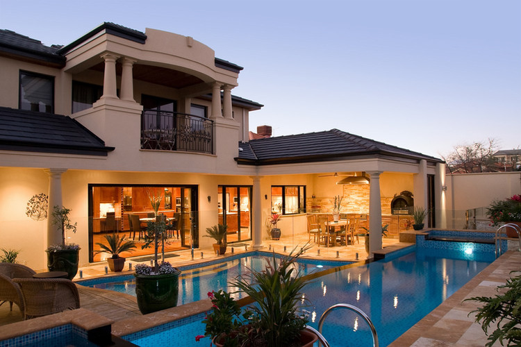 Hillarys - Resort Style Pool