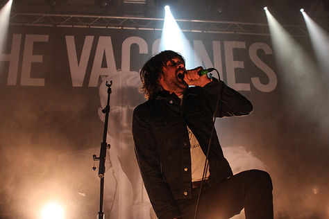 The_Vaccines by Henry Laurisch.jpg