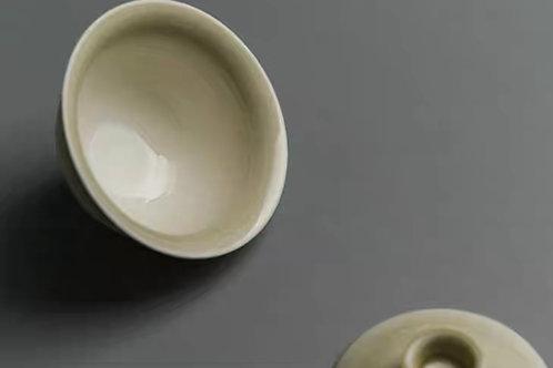 Beige Tea Cup | 青灰茶杯