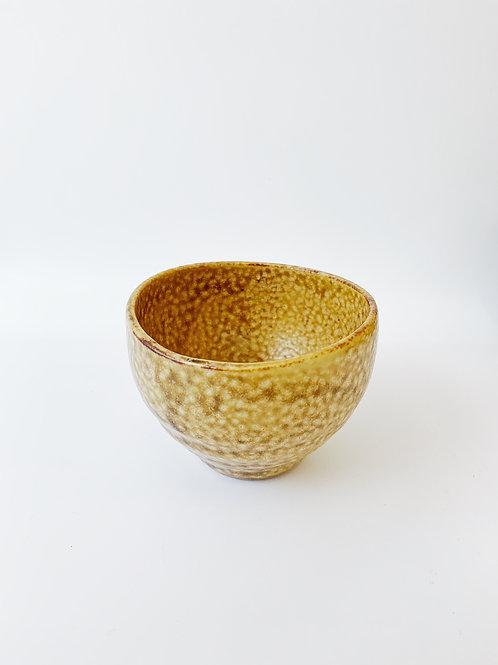 Japan Yellow Porcelain Tea Cup。日本黃瓷茶杯