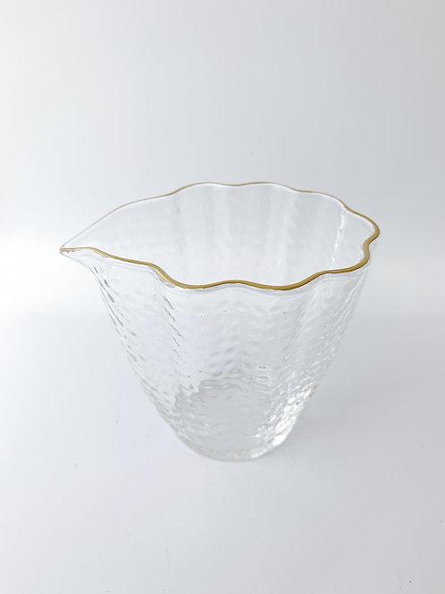 Cloud-shaped Tea Jar。祥雲公道杯
