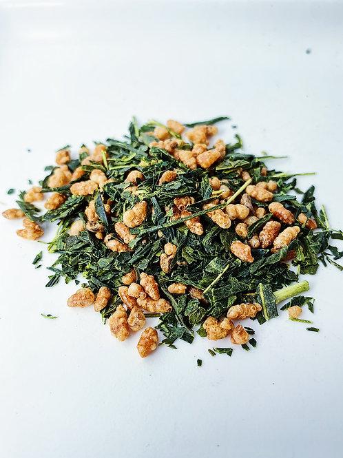 Genmaicha (Roasted Rice Tea)。玄米茶