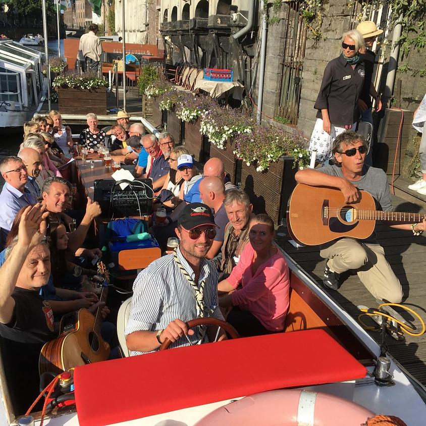 Met de boot door Gent