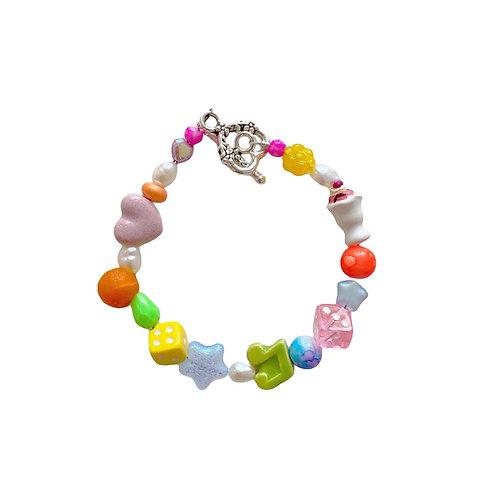 the felix bracelet