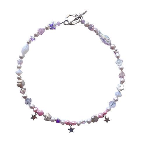 the pecia necklace