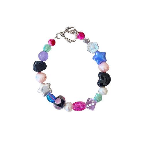the beanie bracelet