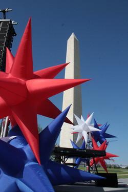 - Stars at Washington Monument reopennin