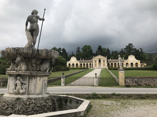 Villa Di Maser - entrance