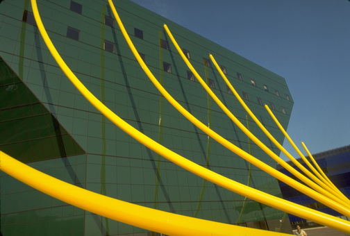- Pacific Design Center, Los Angels