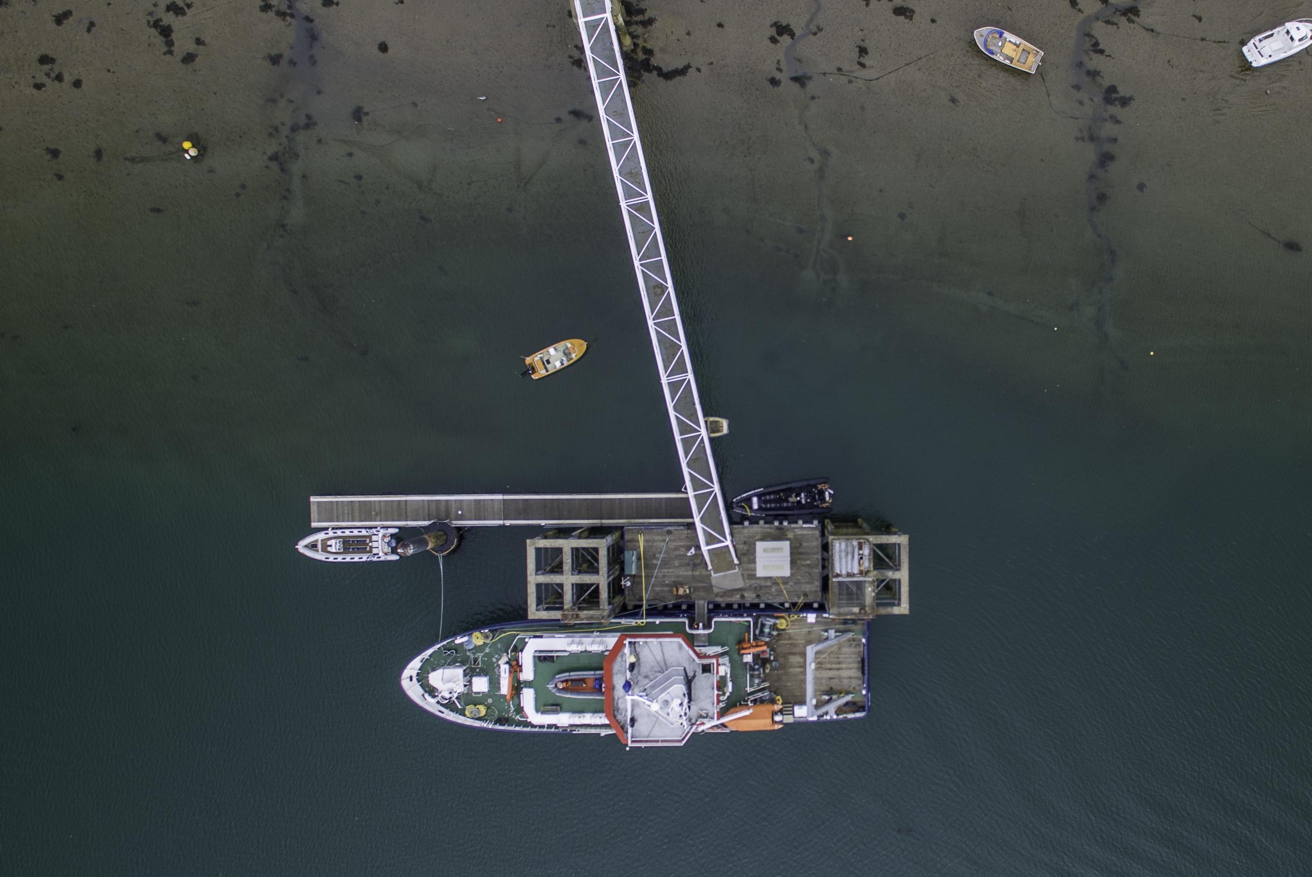 Overhead the Jetty, Bangor