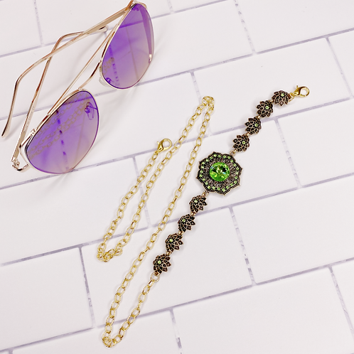 envious accessory chain