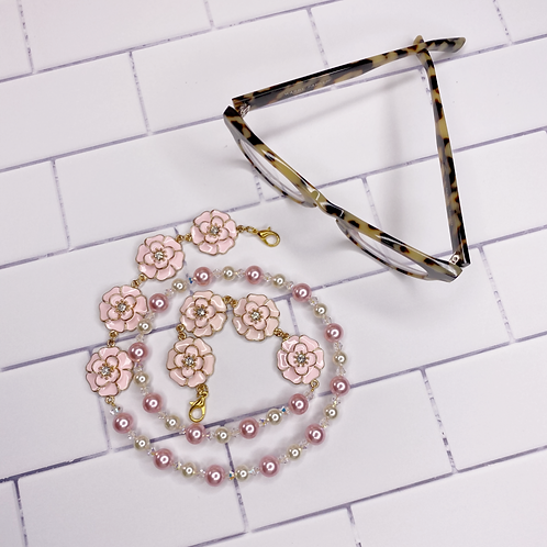 mimi accessory chain