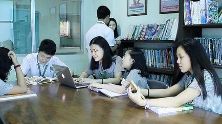CLSI Students in Gradeschool Library Kapitolyo School Pasig