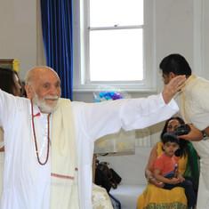 Pujya Rambapa in action