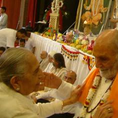 Pujya Rambapa and Hemiben