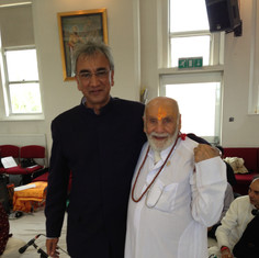 Lord Dollar Popat and Pujya Rambapa