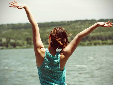 Felicidade: 5 dicas incríveis inspiradas na psicologia