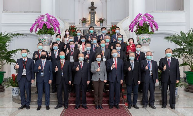 President Tsai lauds Taiwan's biomedical prowess