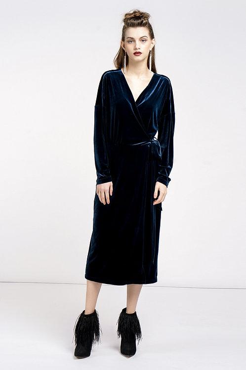 Đầm nhung kimono  1.880.000 VND