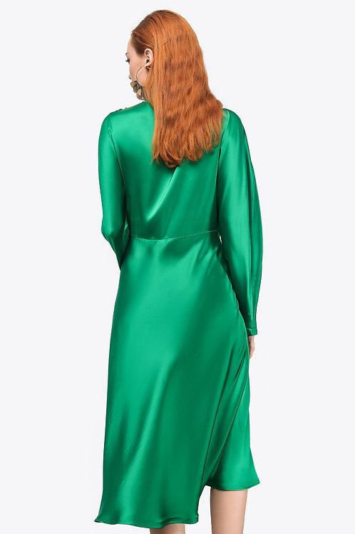 Váy liền tay dài   2.460.000 VND