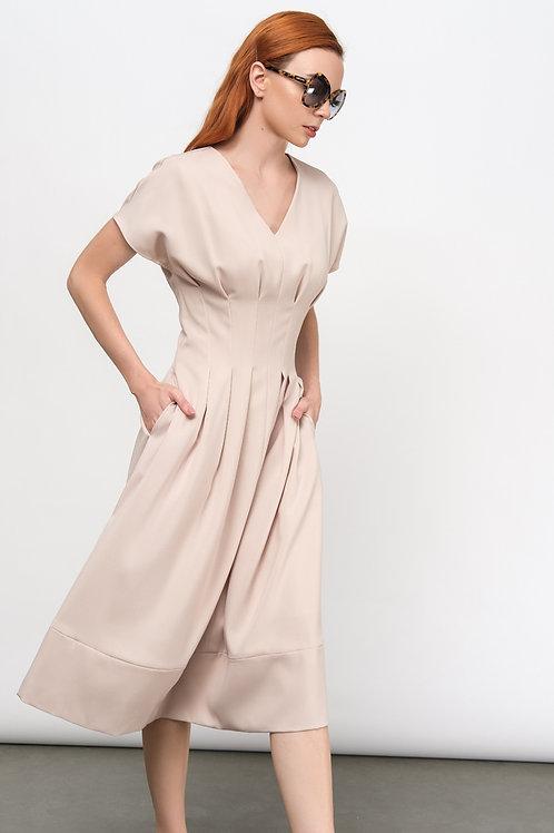Váy liền thanh lịch  2.220.000 VND