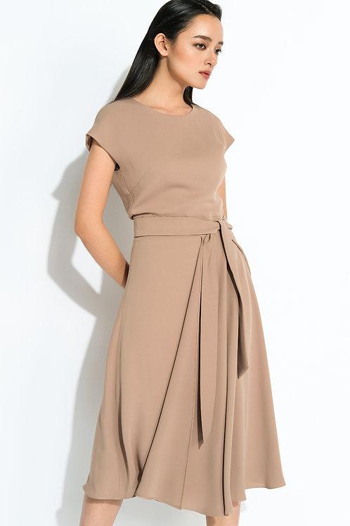 Váy liền công sở  2.020.000 VND