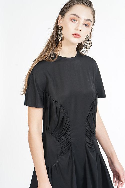 Đầm xoè      2.020.000 VND