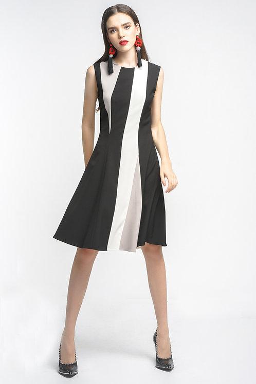 Đầm kiểu xoè   2.260.000 VND