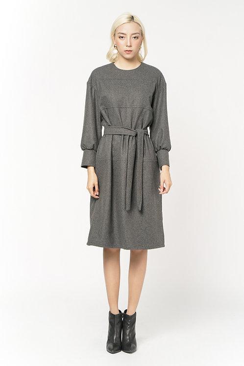 Đầm dạ kiểu  2.020.000 VND