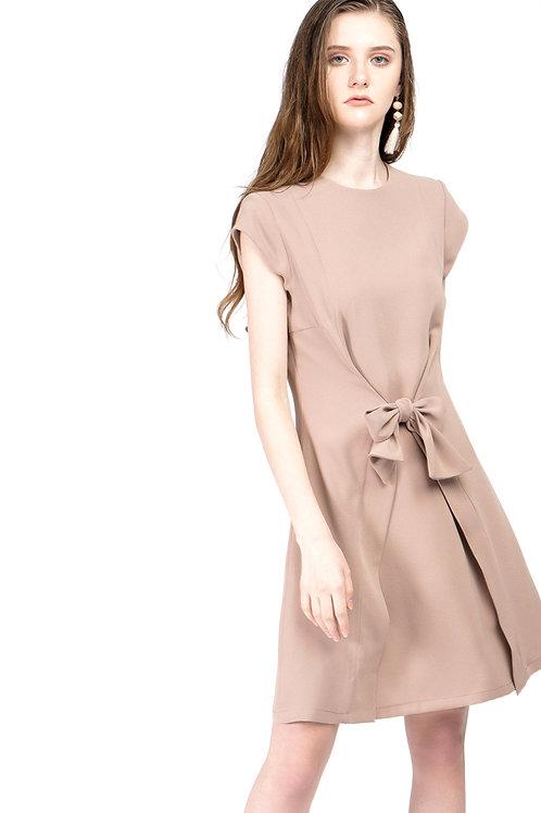 Đầm thắt nơ kiểu.  1.880.000 VND