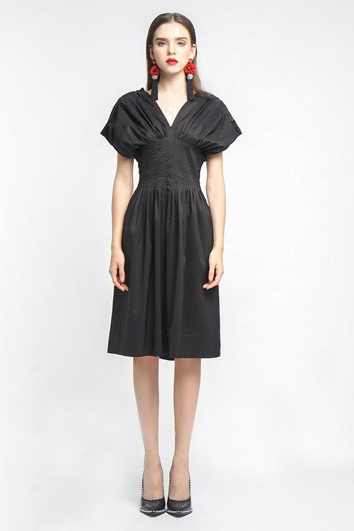 Đầm ôm xoè kiểu      2.660.000 VND
