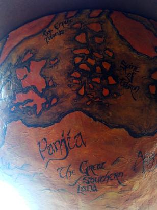 Globe Bottom