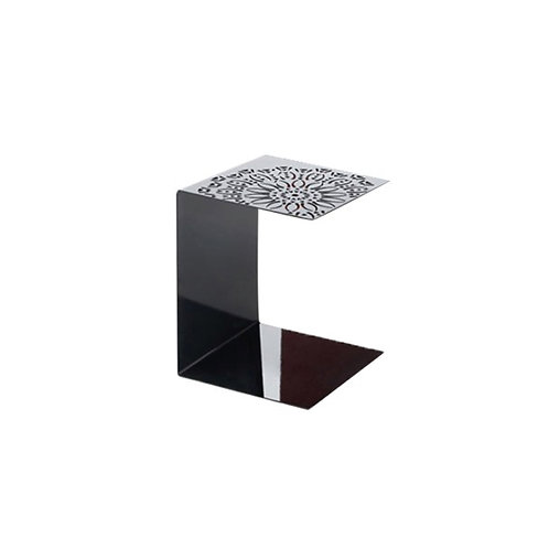 Antonietta table