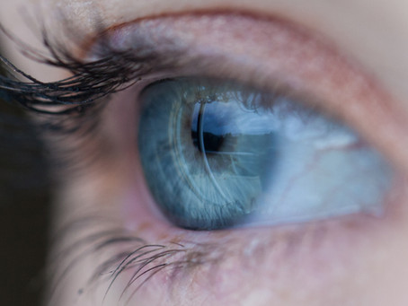 Contact Lenses: Beware the Lure of Cheap Online Contacts