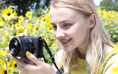 Canon lança câmera portátil EOS M200 com opção de gravação em 4K no Brasil