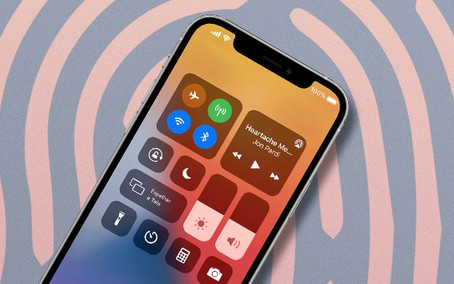 iPhone 14 deve ter Face ID sobre a tela, mas existe um porém