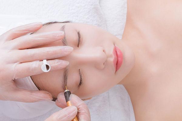 eyebrows_main_banner.jpg