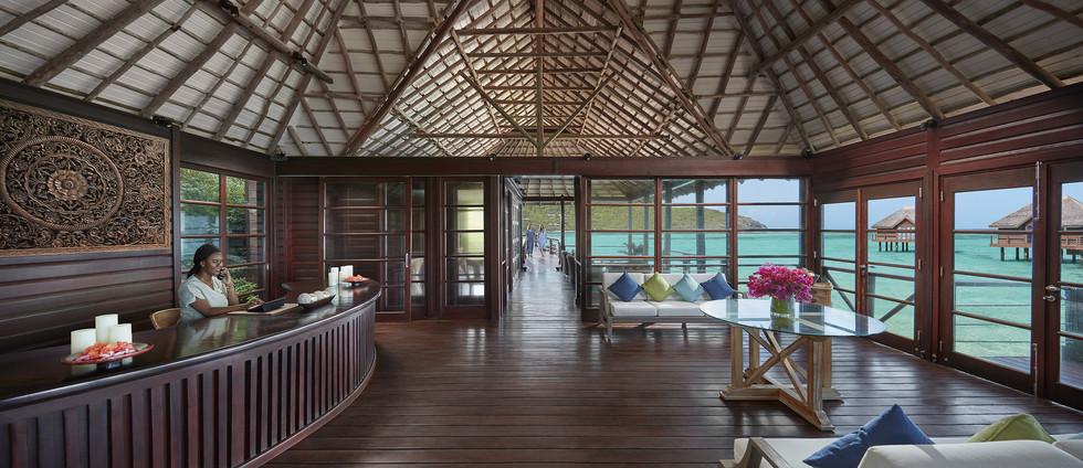 canouan-luxury-spa-reception.jpg