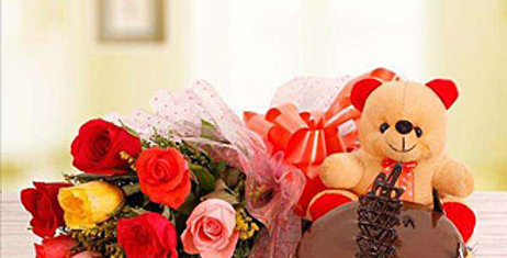 Mix Roses BOUQUET AND CHOCOLATE CAKE WITH A TEDDY