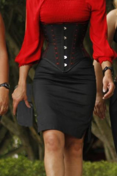 Underbust Black with Red details